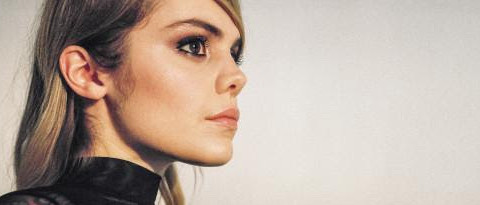 """Coeur de Pirate shares new music video for """"I Don't Want To Break Your Heart"""" ft. Allan Kingdom, on tour now"""