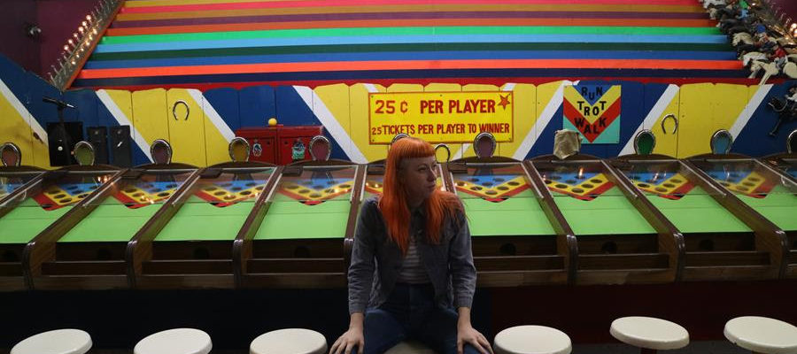 Shannon Lay shares new track & teaser video ahead of her debut Mare Records LP, out this Friday