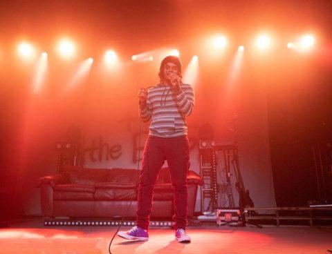 "Love-Sadkid shares new single ""Paris,"" on West Coast tour now w/ Hobo Johnson"