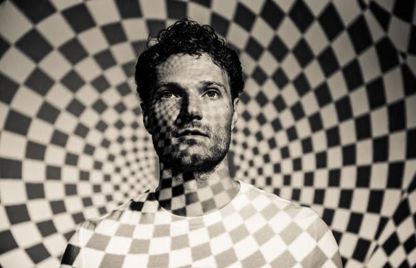 "Rich Aucoin announcesReleasealbum; shares ""The Mind"" single; set to perform at SXSW, The Great Escape & more"