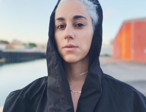 """R O N I  shares new single """"Stop Motion"""" & announces debut EP via AudioFemme; 'Crown' is due 9/9 on InchPerSecond Records"""