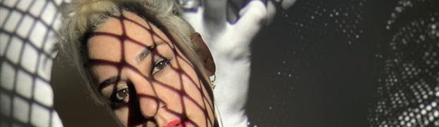 """Watch R O N I's new """"Senses"""" video via Week in Pop; 'Crown' is due 9/9 on InchPerSecond Records"""